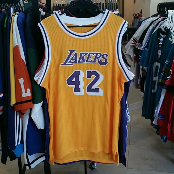 online retailer 03ce8 e9ca3 VINTAGE JAMES WORTHY LA LAKERS THROWBACK JERSEY